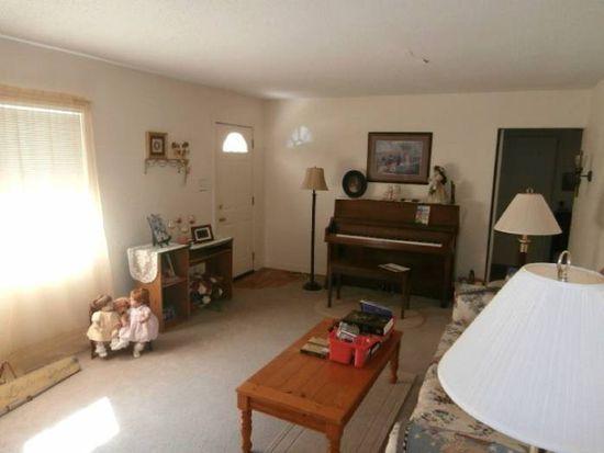 308 S Summit St, Prairie Grove, AR 72753