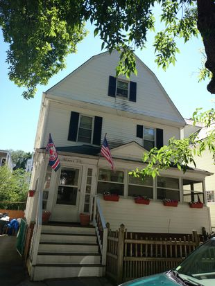 54 Samoset St, Dorchester Center, MA 02124