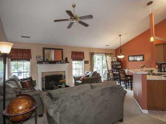 1264 Hampshire Rd, Charleston, SC 29412