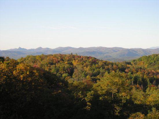 394 Misty Ridge Ln, Blowing Rock, NC 28605