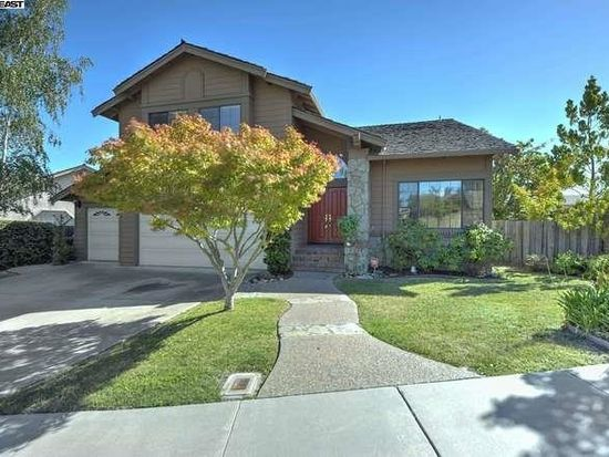 43761 Greenhills Way, Fremont, CA 94539