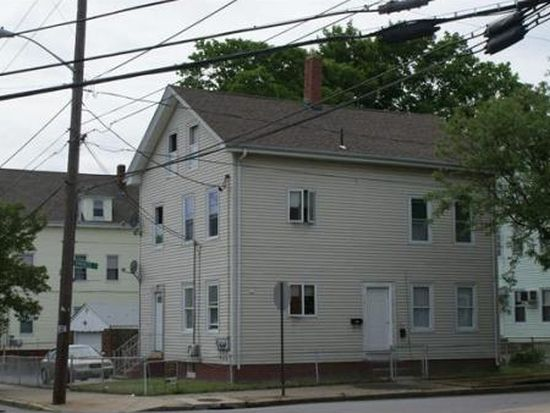 48 Knowles St, Pawtucket, RI 02860