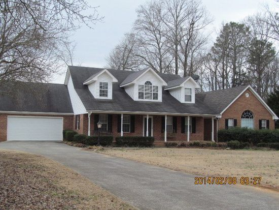 494 Magnolia Ln, Chatsworth, GA 30705