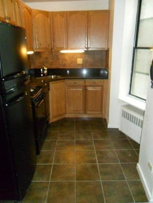102 E 22nd St APT 5A, New York, NY 10010