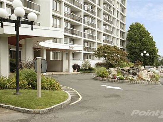 300 High Point Dr APT 606, Hartsdale, NY 10530