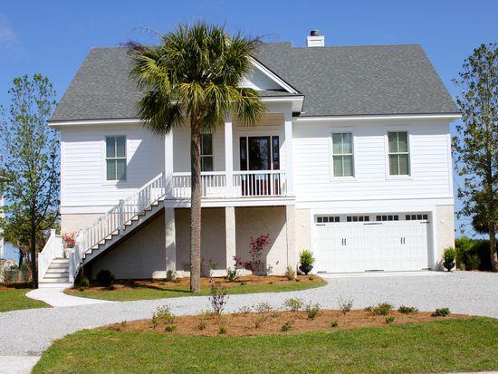 10 Briarberry Bluff Dr, Savannah, GA 31406
