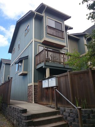 3819 California Ave SW APT D, Seattle, WA 98116