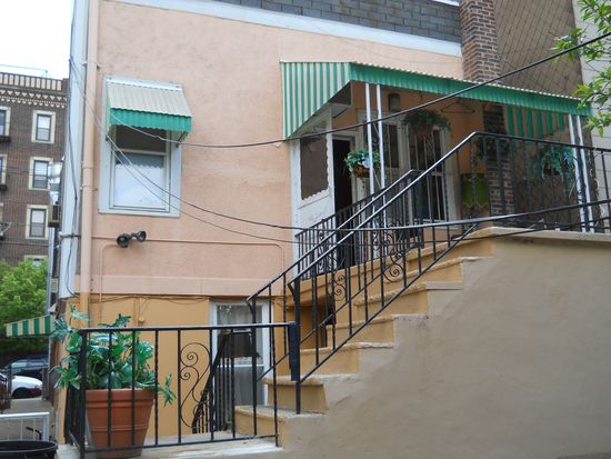 1719 Summit Ave, Union City, NJ 07087
