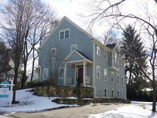 8 Woodlawn Ave, Wellesley, MA 02481