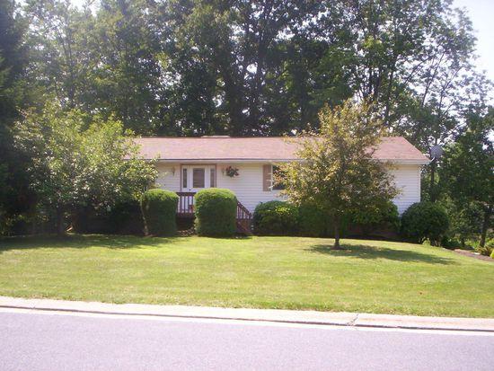 112 Leffler Dr, Johnstown, PA 15904