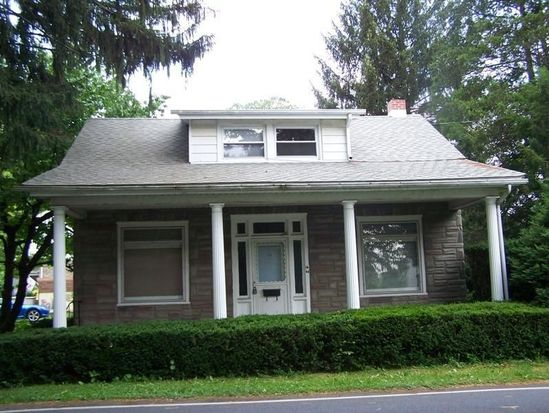 56 N Dwight St, West Lawn, PA 19609