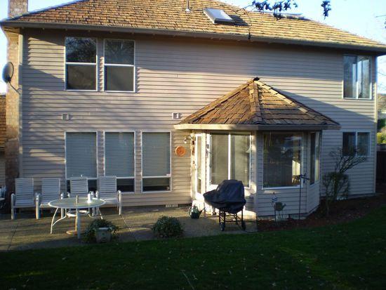 15910 NW Foxborough Cir, Beaverton, OR 97006