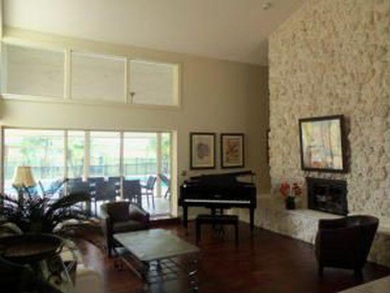 37 Dunbar Rd, Palm Beach Gardens, FL 33418