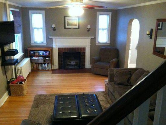 16 Nathaniel Blvd, Delmar, NY 12054