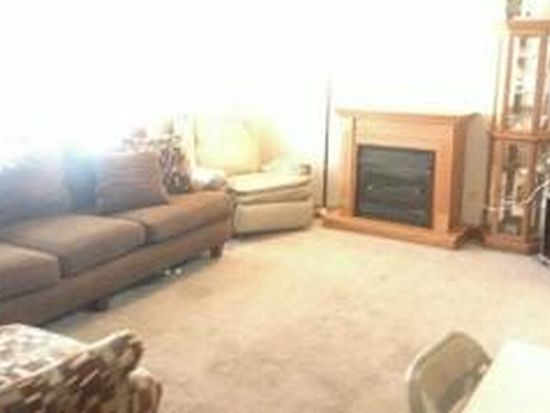 7241 Oliver Winchester Dr, Canal Winchester, OH 43110