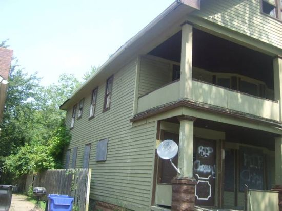 9609 Carton Ave, Cleveland, OH 44104