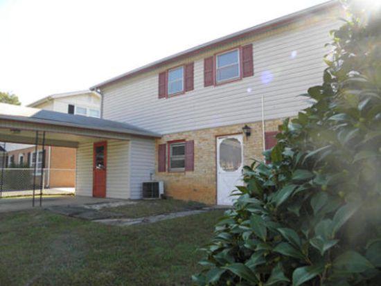 29 Cedarwood Ct, Martinsville, VA 24112