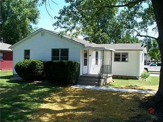 643 9th St, Shelbyville, IN 46176