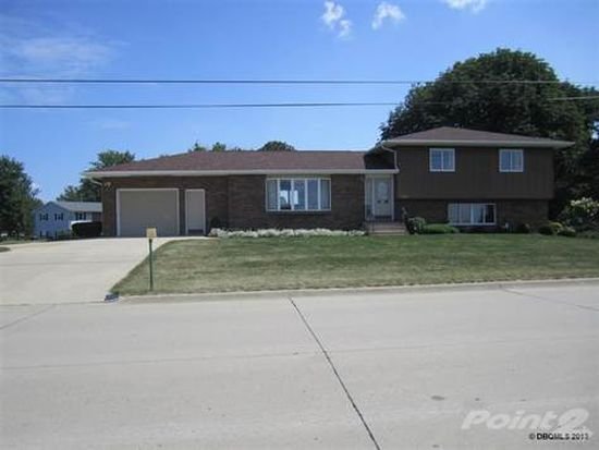 709 1st Ave NW, Farley, IA 52046