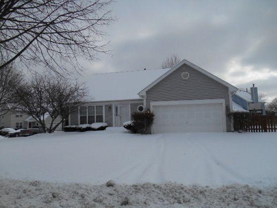 1085 N Elma Ave, Elgin, IL 60120
