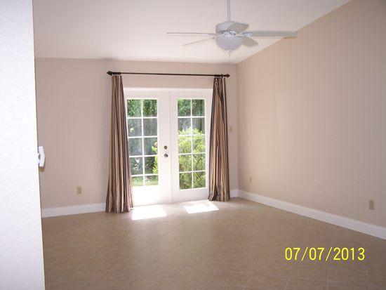 909 Oak Manor Cir, Orlando, FL 32825