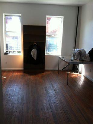 650 Manida St, Bronx, NY 10474