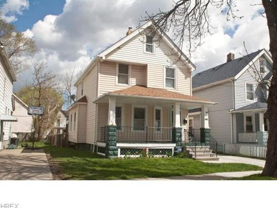 3710 Poe Ave, Cleveland, OH 44109