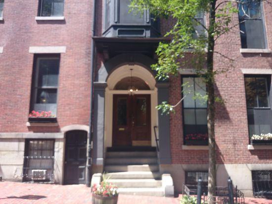 47 Hancock St APT 1, Boston, MA 02114