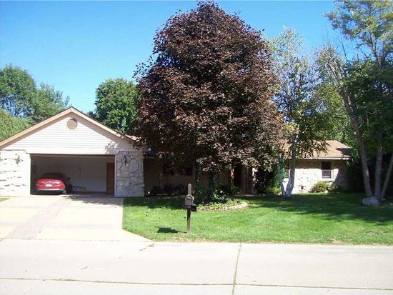 8541 Rahke Rd, Indianapolis, IN 46217