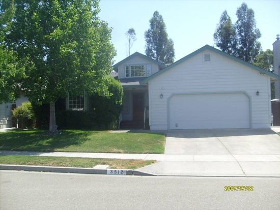 3512 Banyan St, Santa Rosa, CA 95403