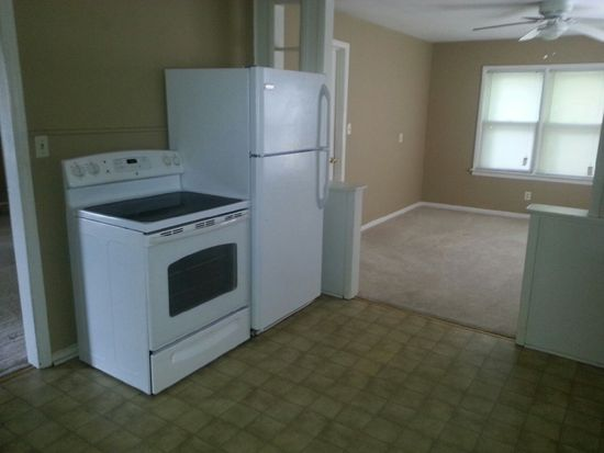 4613 Garfield Ave, Kansas City, KS 66102