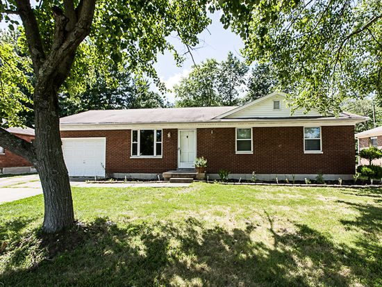 3423 Green Valley Rd, New Albany, IN 47150