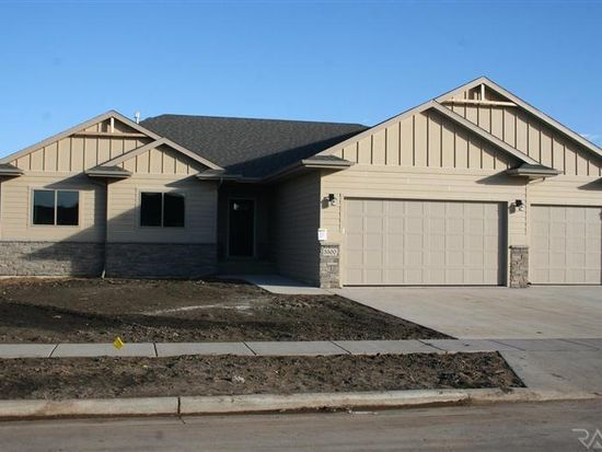 5500 S Sirocco Ave, Sioux Falls, SD 57108