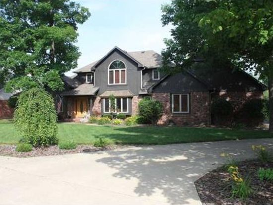 6712 Forrest Commons Blvd, Indianapolis, IN 46227