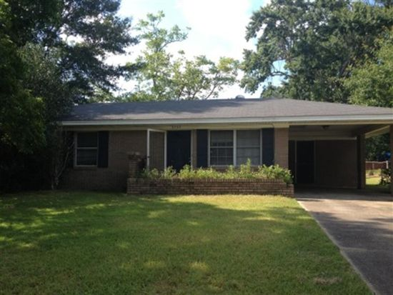 3737 Devonshire Dr, Moss Point, MS 39563
