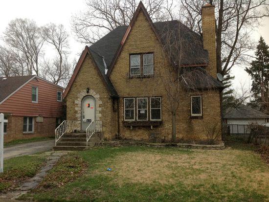 619 Westmoreland Ave, Waukegan, IL 60085