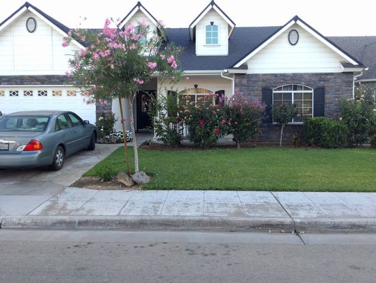 6626 E Lowe Ave, Fresno, CA 93727