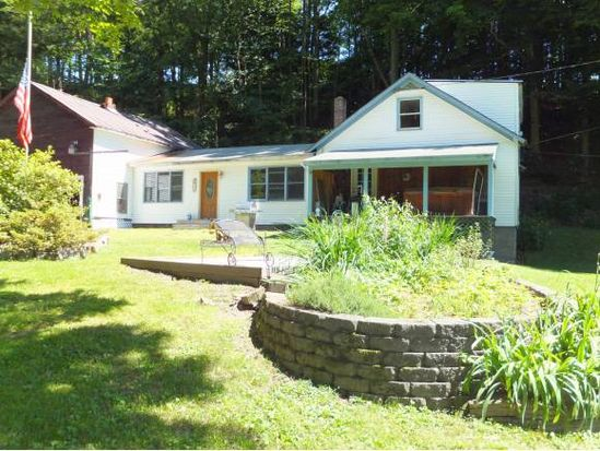237 Black Mountain Rd, Brattleboro, VT 05301