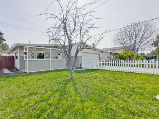 751 Leong Dr, Mountain View, CA 94043