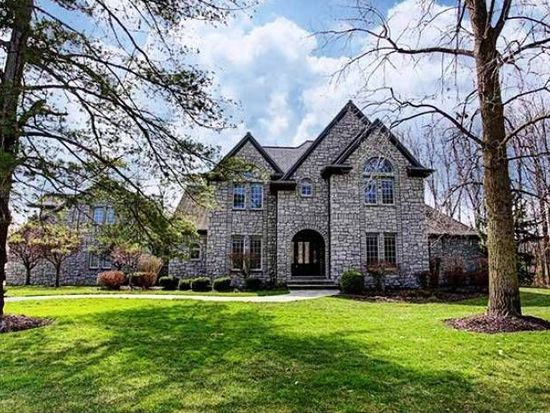 1 Hunters Gate Dr, Findlay, OH 45840