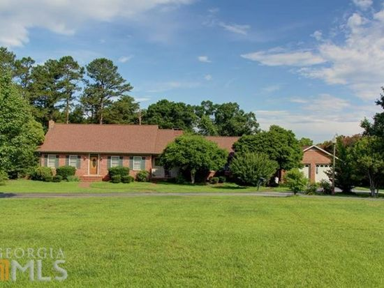 1733 N Forest Ave, Hartwell, GA 30643