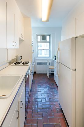 70 E 10th St APT 19W, New York, NY 10003