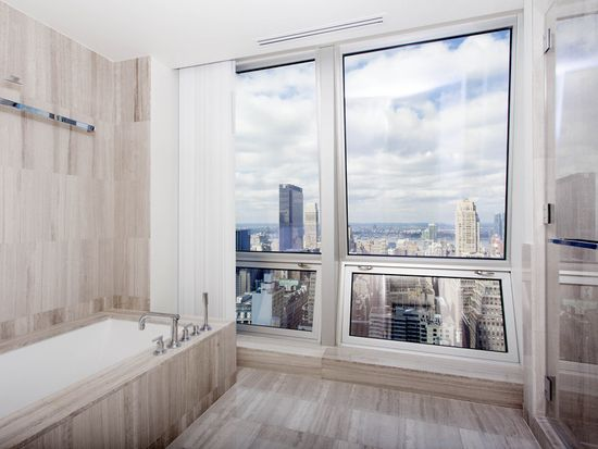 400 5th Ave APT 42F, New York, NY 10018