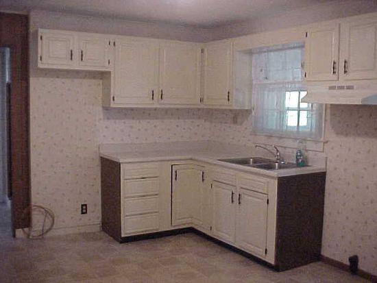 3205 E Cumberland Rd, Bluefield, WV 24701