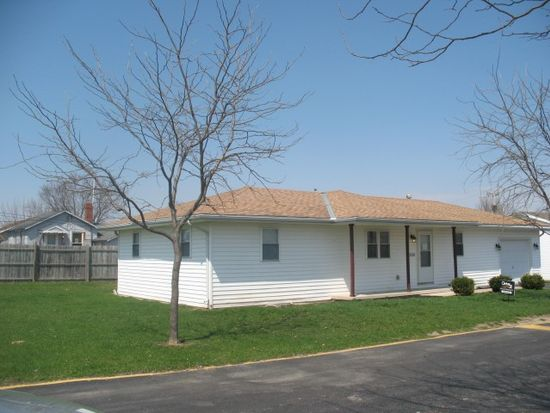 2200 Hope Ln, Findlay, OH 45840