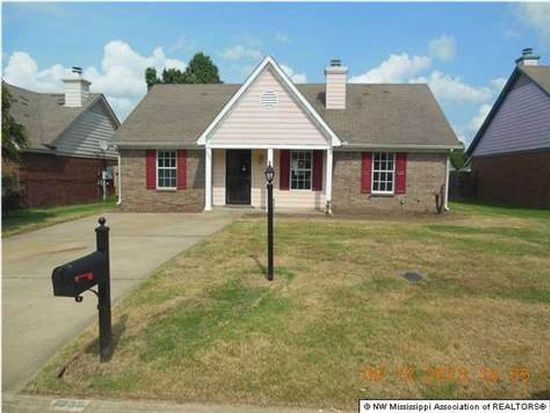 7038 Foxhall Dr, Horn Lake, MS 38637