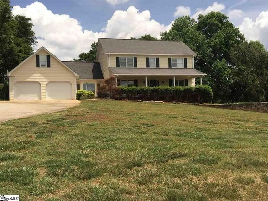 303 Cedar Berry Ln, Greenville, SC 29611