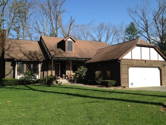103 Old County Rd, Westfield, MA 01085