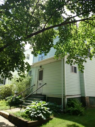 31 Vinson St, Dorchester Center, MA 02124