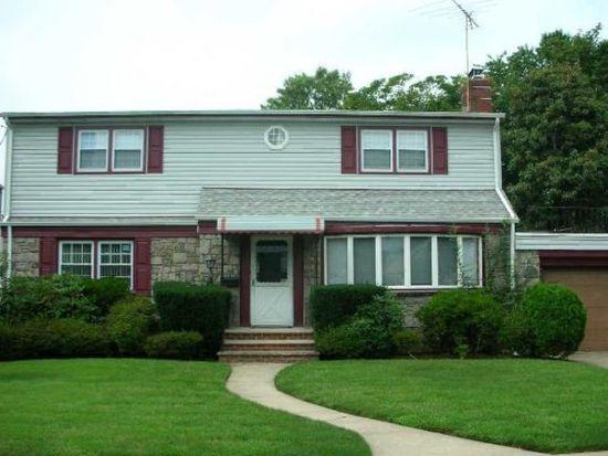 155 Caroline Ave, Garden City South, NY 11530